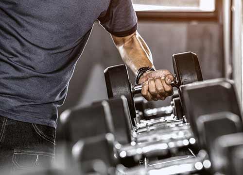 hempjoy-cbd-benefits-man-working-out